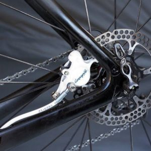campagnolo-developing-road-bike-disc-brakes